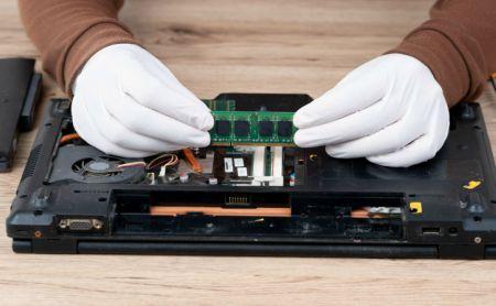 Replacing ram on laptop